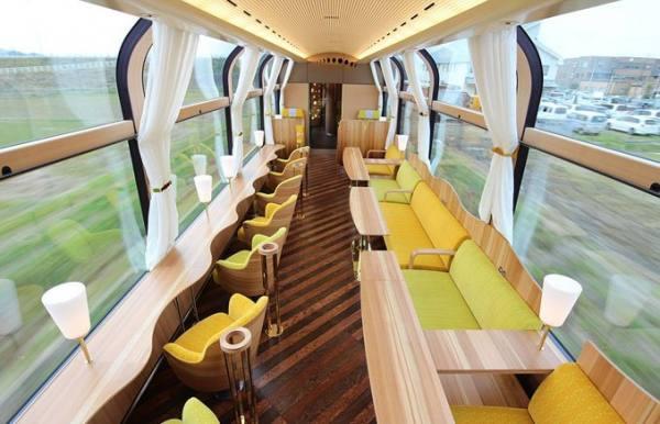 القطار الزجاجى فى اليابان