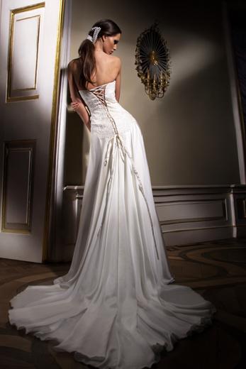 فساتين زفاف bntpal_1423633252_34