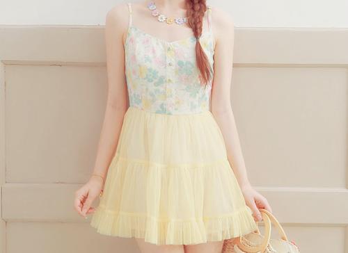 تشكيلة أزياء بألوان زاهيه تجميعي bntpal_1424453415_25