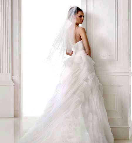 باقة فساتين الزفاف للمصم ايلي bntpal_1425805858_63