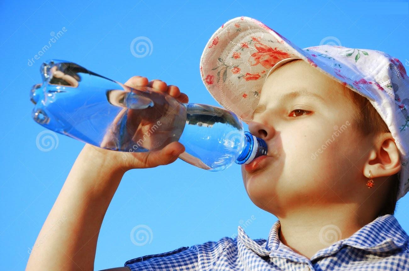 فوائد المياه أثناء الأكل فعلاً bntpal_1431788141_36