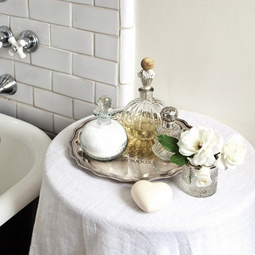 اكسسوارات حمامات راقية بالوان جميله bntpal_1433089845_18