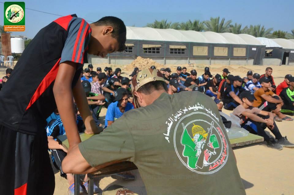 القسام تبدأ بالتدريب العسكري مواطن bntpal_1437815110_87