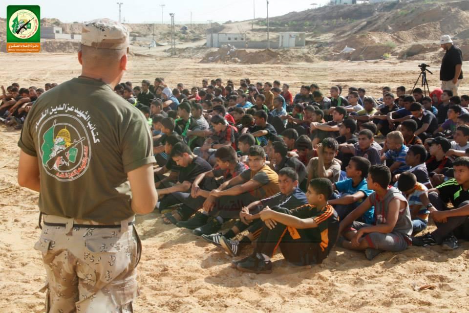القسام تبدأ بالتدريب العسكري مواطن bntpal_1437815112_82