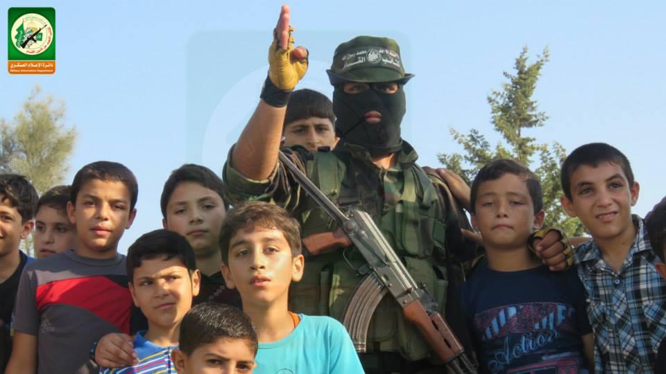 القسام تبدأ بالتدريب العسكري مواطن bntpal_1437815113_34