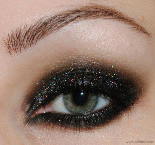 الجنون عيون وعيونك bntpal_1438328905_56