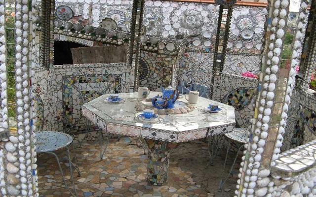 منزل الأواني المكسورة bntpal_1439155302_82