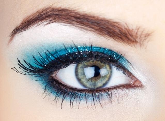 كيفية عملْ ميكْ عيونْ باللونْ bntpal_1439480961_87