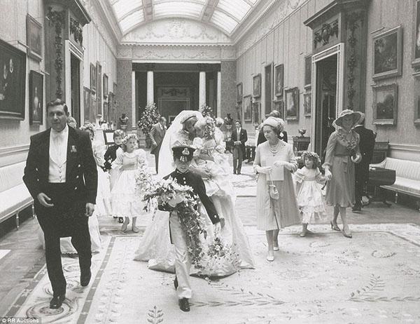 زفاف الأميرة ديانا والأمير تشارلز bntpal_1439540182_84
