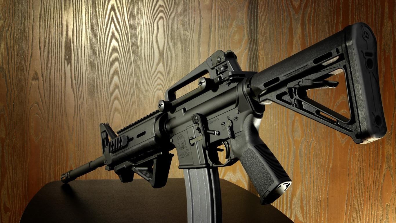 وخلفيات اسلحة فخمة bntpal_1440409948_35