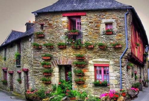 بيوت تزينها الزهور بشكل خيالي bntpal_1445633893_73