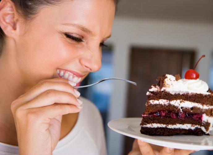"""تناول الحلويات بافراط يجعلك """"ضعاف bntpal_1448670857_17"""