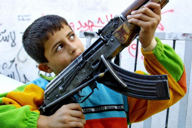 للمقاومة الفلسطينية 2001 bntpal_1452288515_76