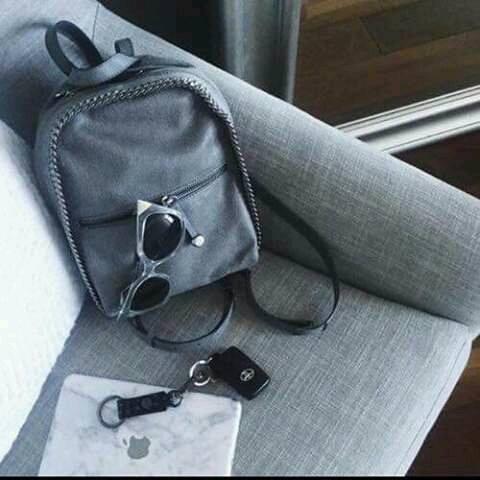 حقائب للصبيايا بتناسب الاذواق تجميعي bntpal_1460922910_14