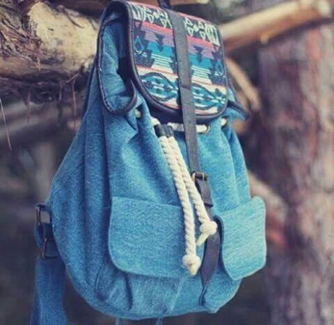 حقائب للصبيايا بتناسب الاذواق تجميعي bntpal_1460922910_47