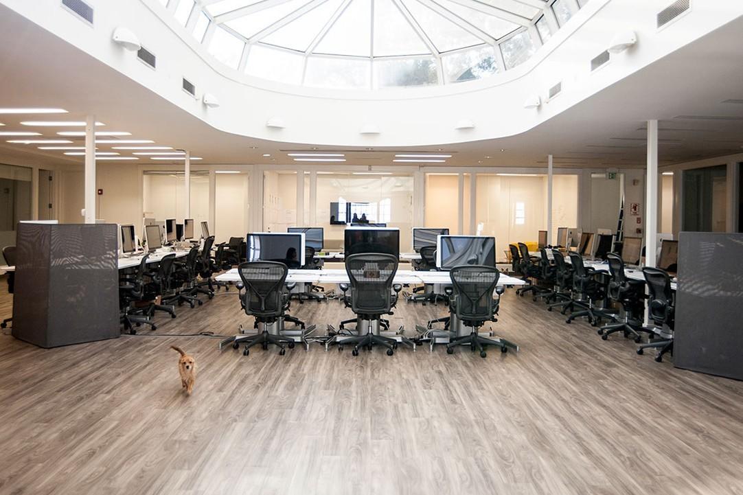 ديكور مكتب شركة Getaround الجديد bntpal_1461948913_13