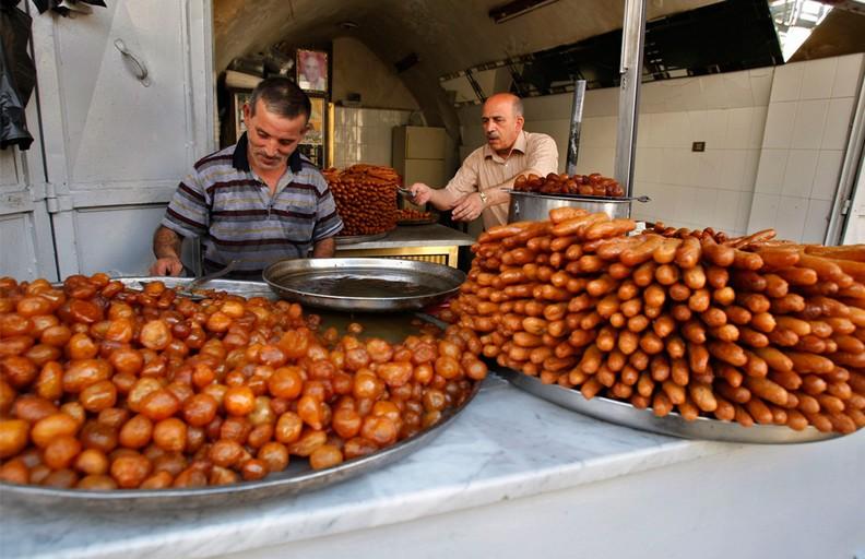رمضان العالم...نابلس الأصالة والحضاره bntpal_1465115422_67