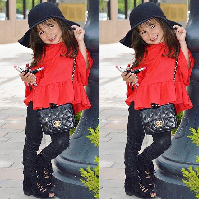 الموضة والأنآقة بعيون طفلَة bntpal_1482566159_58