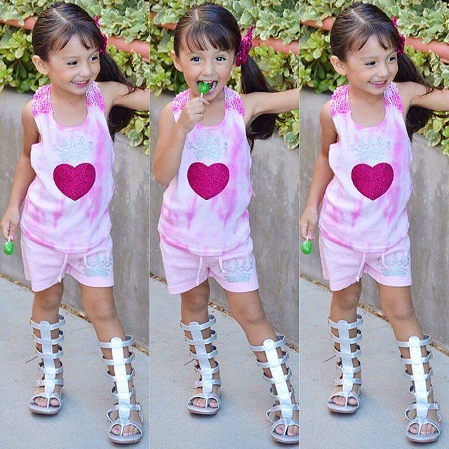 الموضة والأنآقة بعيون طفلَة bntpal_1482566162_34