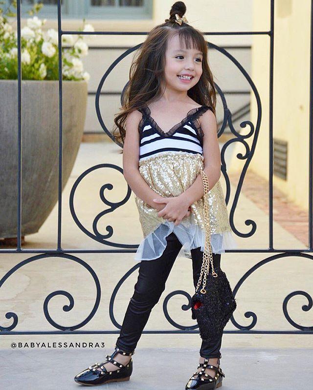 الموضة والأنآقة بعيون طفلَة bntpal_1482566165_76