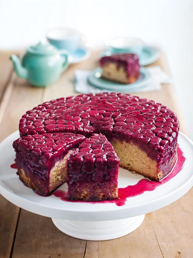 كعكة التوت واللوز bntpal_1486298302_96