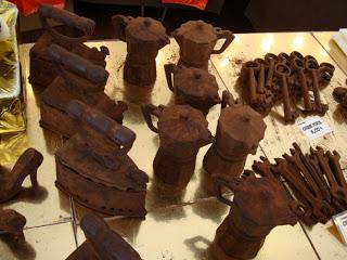 شوكولاته بأشكال غريبه bntpal_1491431769_47
