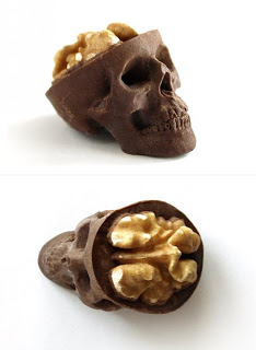 شوكولاته بأشكال غريبه bntpal_1491431771_67